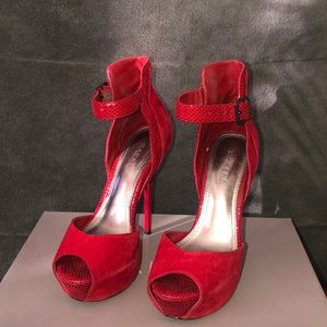 Bakers red high heels with accent design
